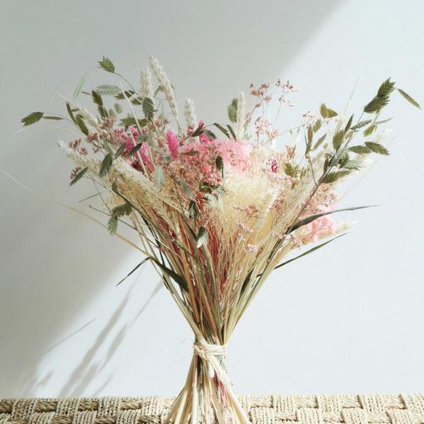 Bouquet de fleurs séchées Le Nymphéa par l'artisan fleuriste Arbre à Pivoines